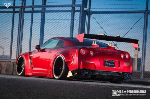 LB*Works Nissan R35 GTR